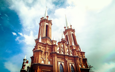 THE CHURCHES OF VLADIVOSTOK